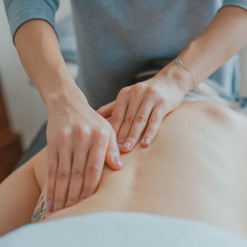 sports massage daventry toa-heftiba-578093-unsplash (1)